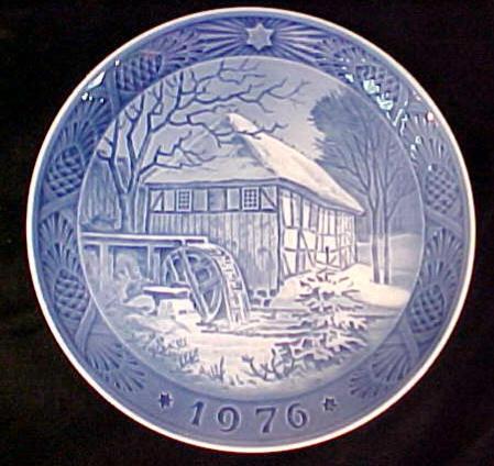 ... Bing and Grondahl Christmas Plate c.1976