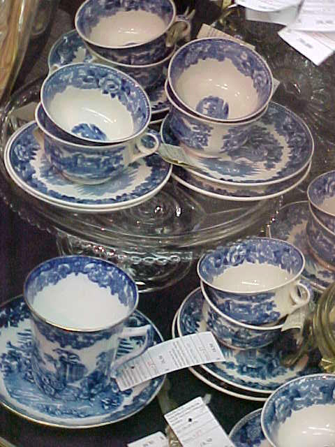 Handpainted Japanese Kutani porcelain  Wisteria  pattern dinner set. Large blue and white ... : blue and white porcelain dinnerware - pezcame.com