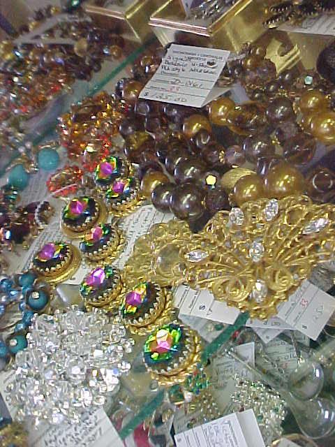 rhinestonejewelryfromspace33starantiquemall